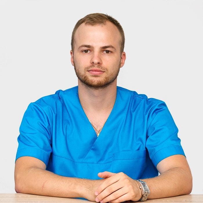 Доктор Мартынюк Виктор