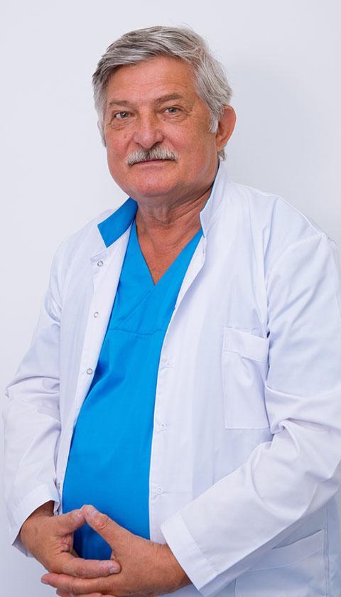Доктор челюстно-лицевой хирургии