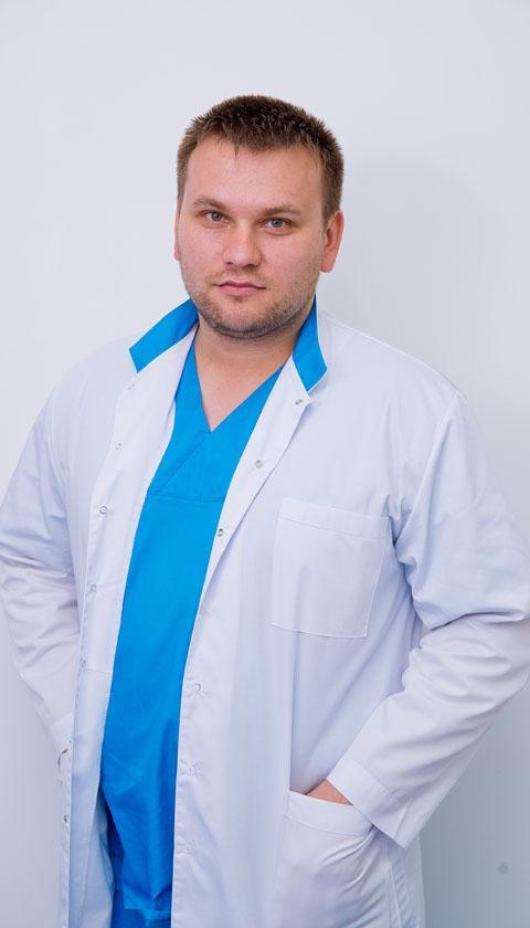 Доктор челюстно-лицевой хирург